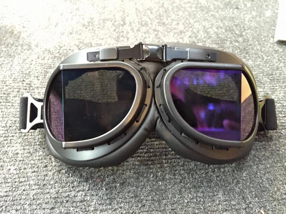 kính phi công mũ bảo hiểm